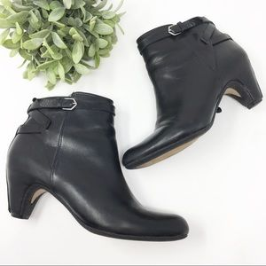 1f4cb8fb7 Sam Edelman black booties leather size 9.5
